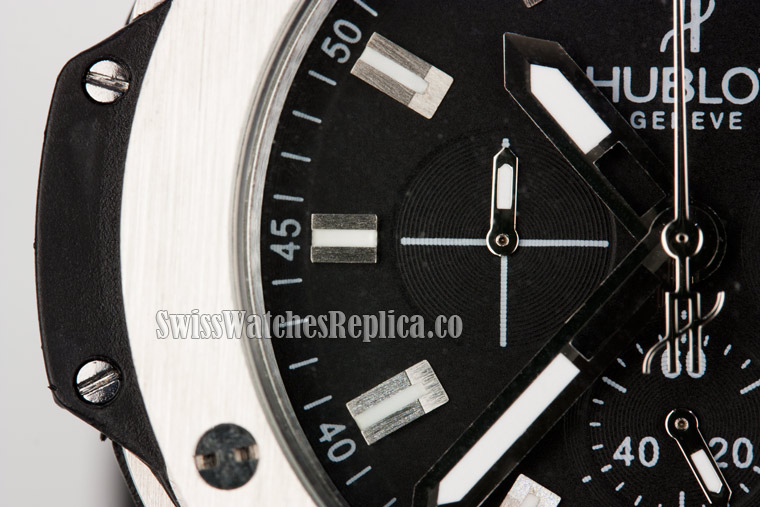 left chrono subdial of hublot watch